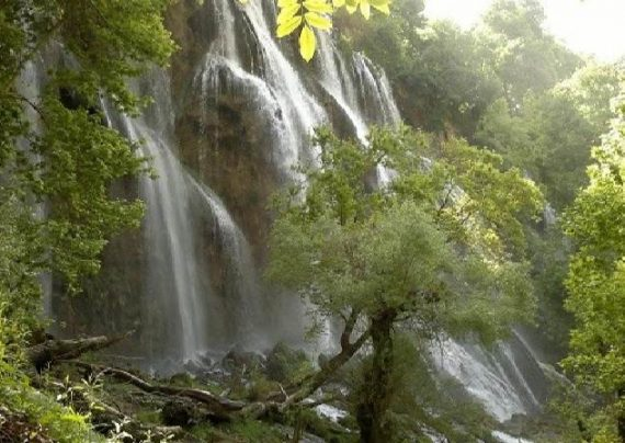 آبشار و جاذبه های چهار محال بختیاری