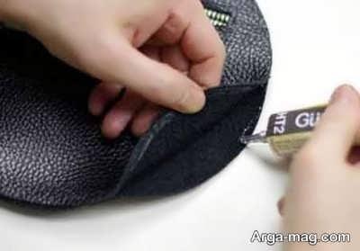 زدن چسب به دور تا دور کیف چرم