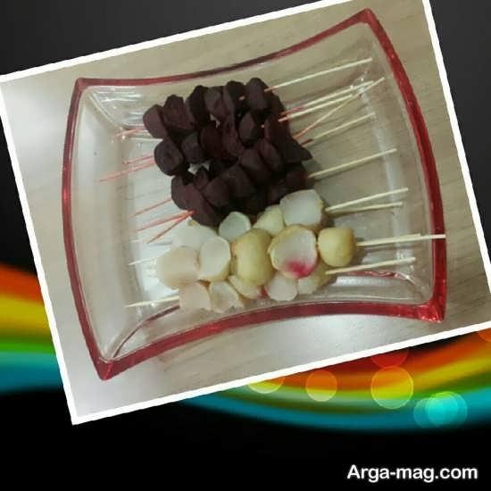 تزیین ساده شلغم برای شب یلدا