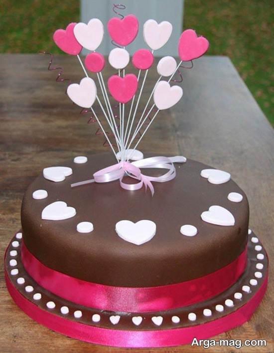 کیک شکلاتی زنانه