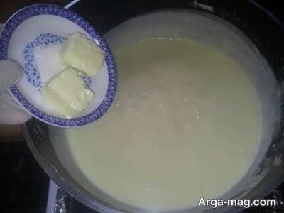 اضافه کردن کره به مایه دسر