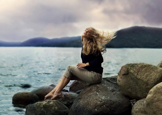 عکس عاشقانه کنار دریا