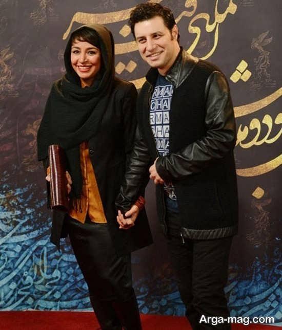 جواد عزتی در کنار همسرش