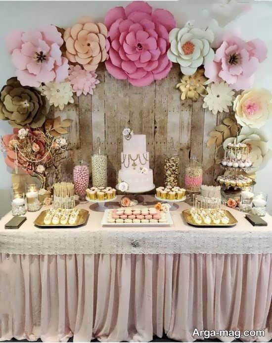 دکوراسیون میز تولد با گل