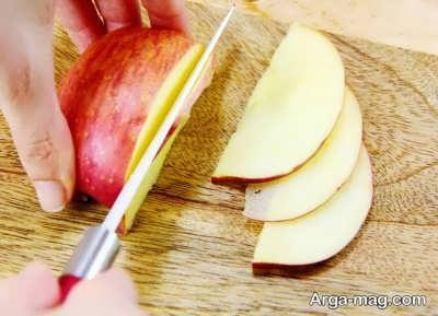 قعطه قطعه کردن سیب برای ساخت ترشی