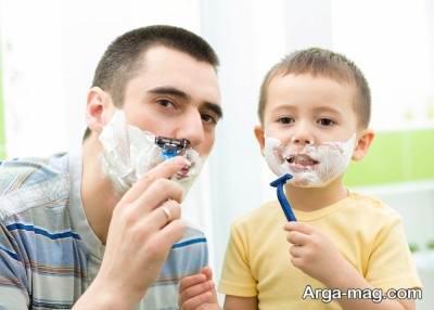 تقلید کودک از والدین