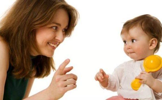 تقلید کودک به منظور شکل گیری شخصیتش