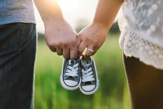 عکس پروفایل درباره بارداری با طرح های فانتزی و زیبا