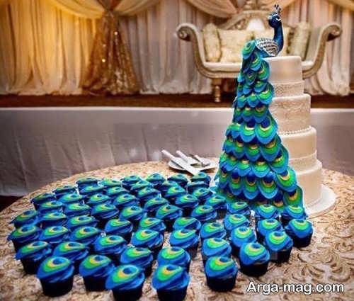 تزیین کیک با طاووس