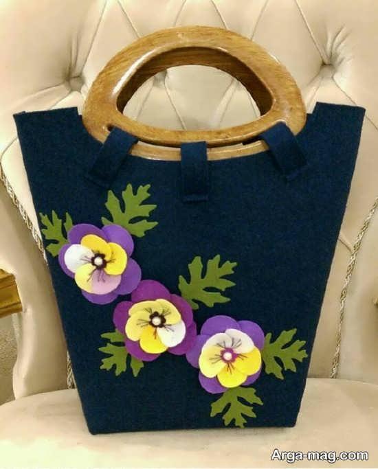 تزیین گل برای کیف نمدی