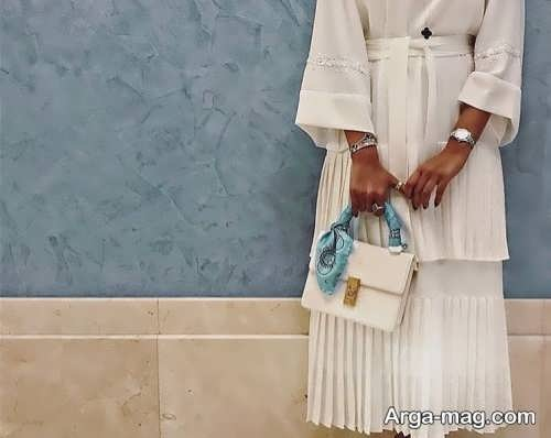 [تصویر:  Model-Manto-Skirt-11.jpg]