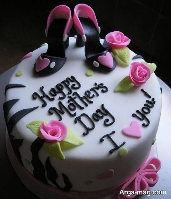 تزیین فانتزی کیک روز زن