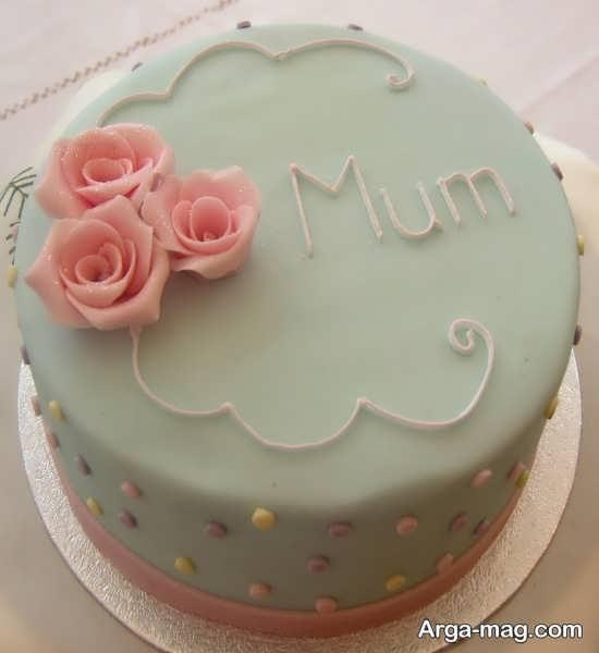 تزیین ساده و بی نظیر کیک برای روز مادر
