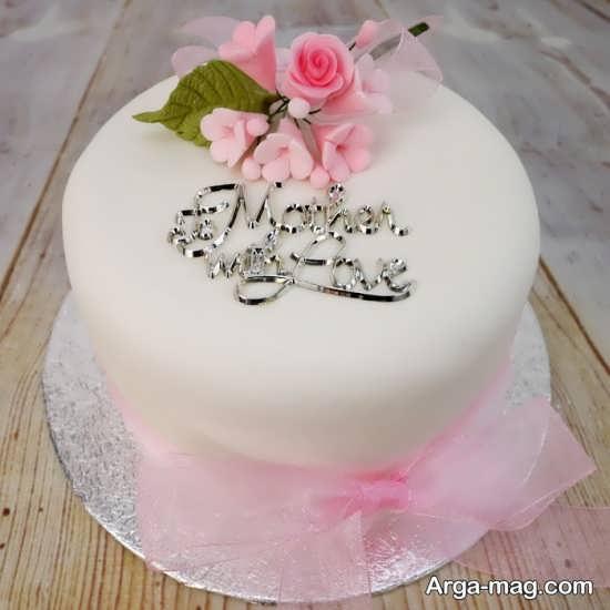تزیین ساده و زیبا کیک برای روز مادر