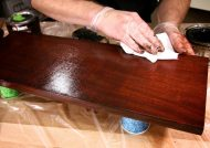 رنگ کردن چوب و وسایل چوبی