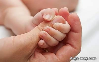 چنگ زدن نوزاد
