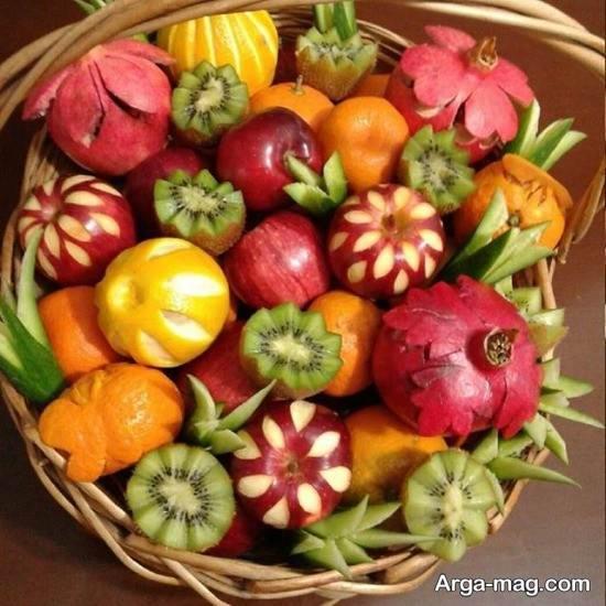 سبد زیبای میوه