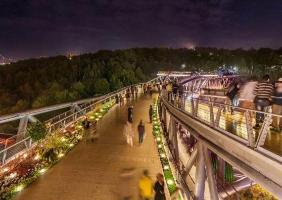 پارک آب و آتش برای گردشگران