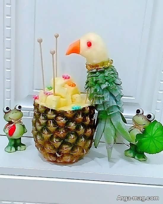 تزیینات هنرمندانه میوه آناناس