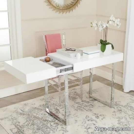 تزیین میز کار با تم سفید