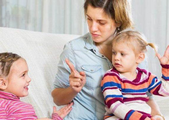 دخالت دیگران در تربیت کودک