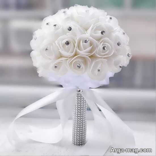 دسته گل مصنوعی و شکیل عروس