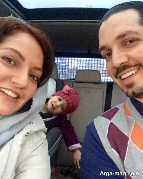 سلفی زیبای مهناز افشار در کنار خانواده اش