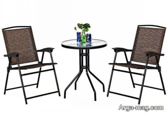 نمونه ای از صندلی فلزی تاشو