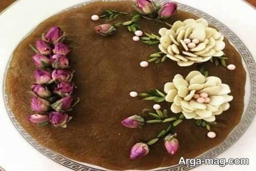 زیباسازی حلوا با گل و بادام