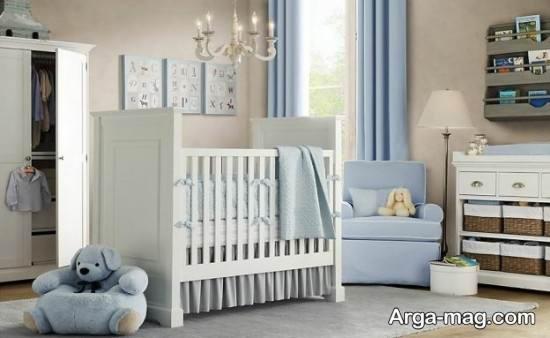 تزیین ساده اتاق نوزاد پسر