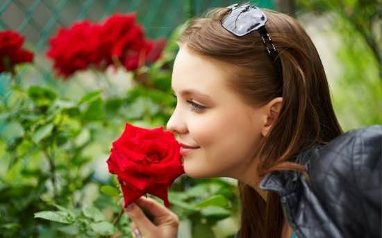 تصاویر دختر زیبا برای پروفایل