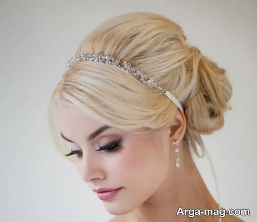 آرایش موی ساده عروس با تاج