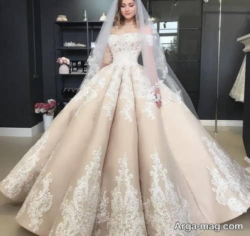 پیراهن عروس کار شده