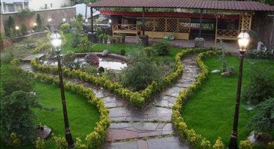 زیباسازی راهرو باغ و ویلا جذاب و خلاقانه
