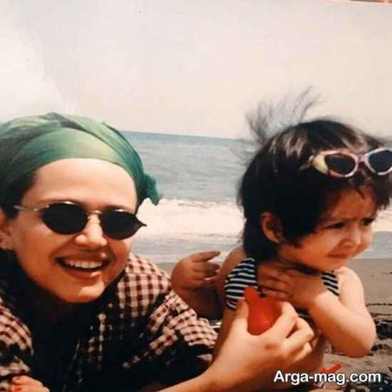 عکس قدیمی از بهاره رهنما و دخترش