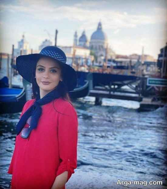مارال فرجاد در حال تفریح در ونیز