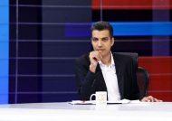عکس عادل فردوشی پور در کنار بازیگران تئاتر