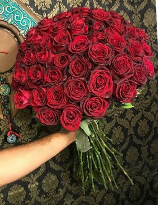 انواع دسته گل زیبا و ایده آل گل رز