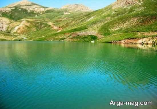 دریاچه وسیع فیروزکوه