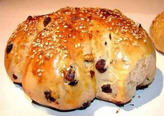 طرز تهیه نان گردویی بسیار خوشمزه