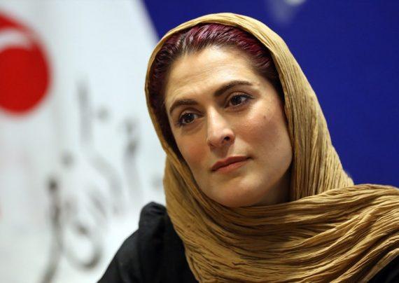 تیپ آبی بهناز جعفری در جشن سینما سینما