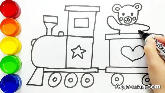 نقاشی و رنگ آمیزی زیبای قطار