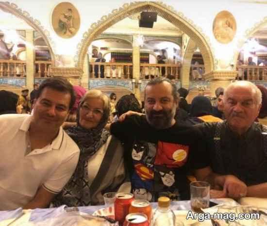 قاسم خانی ها در کنار پدر و مادر