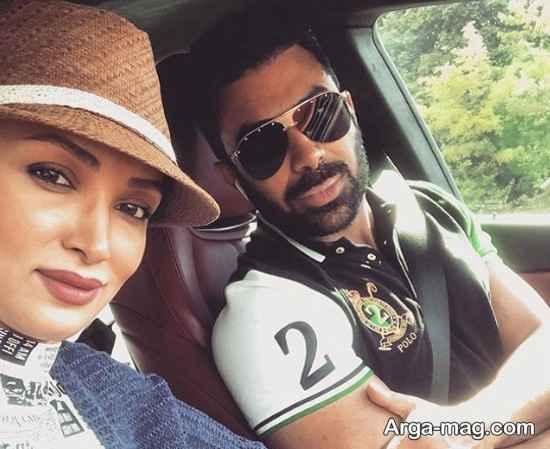 عکس روناک یونسی و همسرش در ماشین شخصی