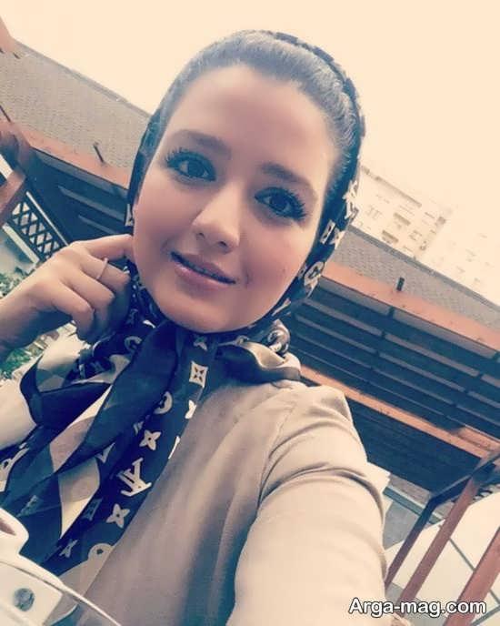 زندگینامه و تصاویر روژان آریامنش