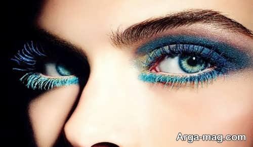 آرایش چشم رنگی