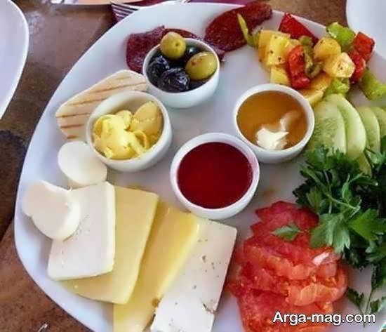 انواع تزیینات سفره صبحانه با مواد غذایی سالم