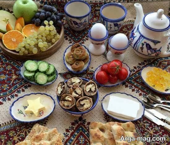 ایده های تزیین و زیباسازی سفره صبحانه برای مهمان به شکل مجلسی