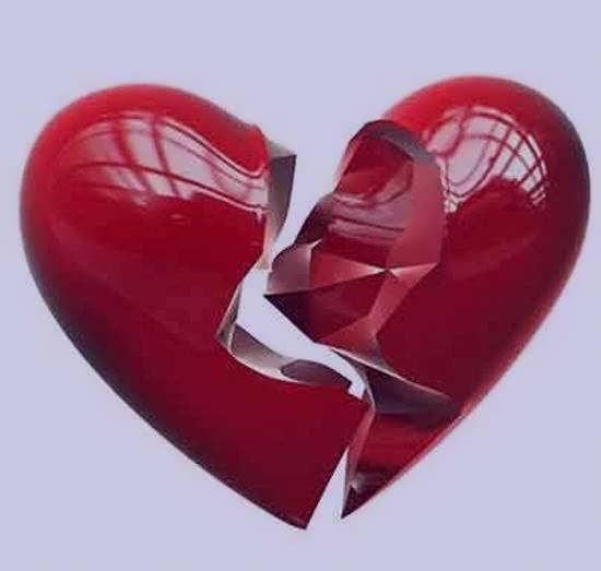 انواع عکس قلب شکسته متفاوت و جذاب برای تزیین صفحه مجازی