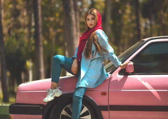 زیباترین و جدیدترین ژست عکس با ماشین زنانه و مردانه